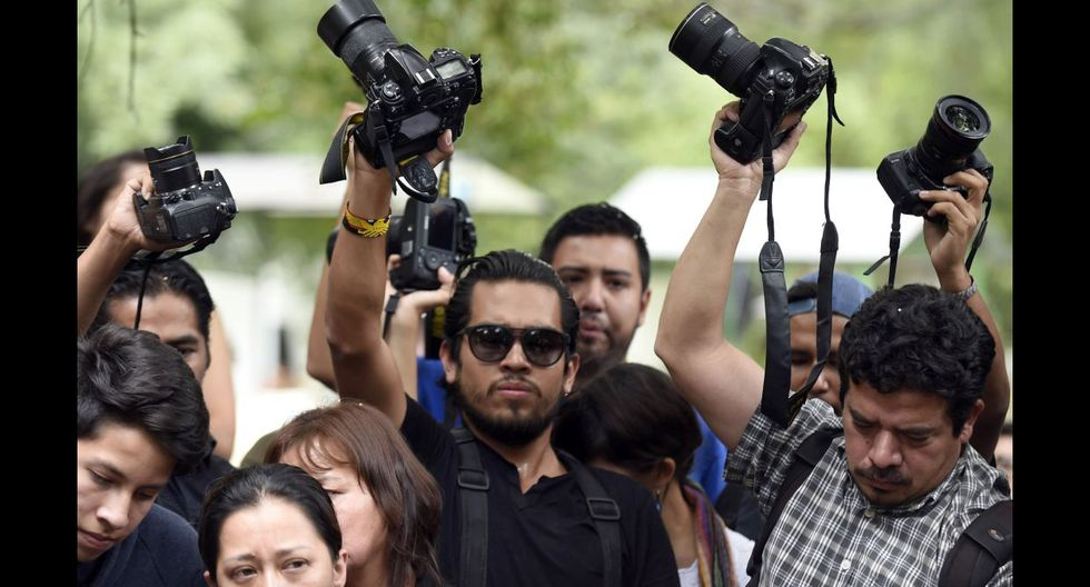 México despide a fotoperiodista asesinado y clama justicia - 15