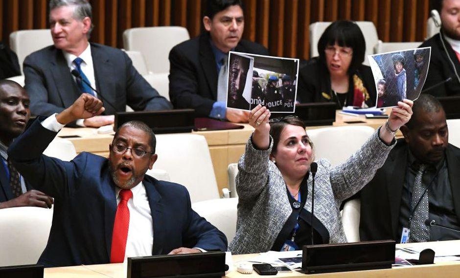 Diplomáticos cubanos boicotean un acto de EE.UU. en la sede de la ONU | VIDEO (AFP)