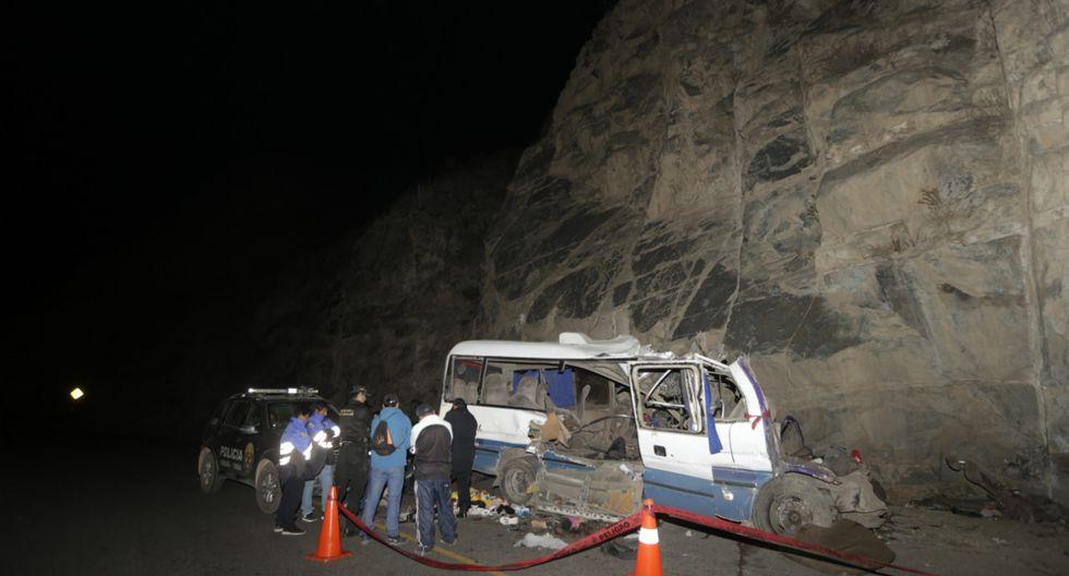 El accidente se produjo en el kilómetro 69 de la carretera de Canta. Los fallecidos habían ido a Obrajillo. (Foto: José Caja/ GEC)