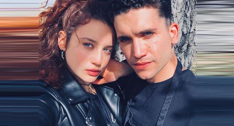 María Pedraza junto a Jaime Lorente, ambos actuarán en la serie 'Élite'. (Créditos: @maríapedraza)