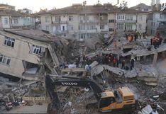 La destrucción que dejó el potente terremoto de magnitud 6,8 en Turquía | FOTOS