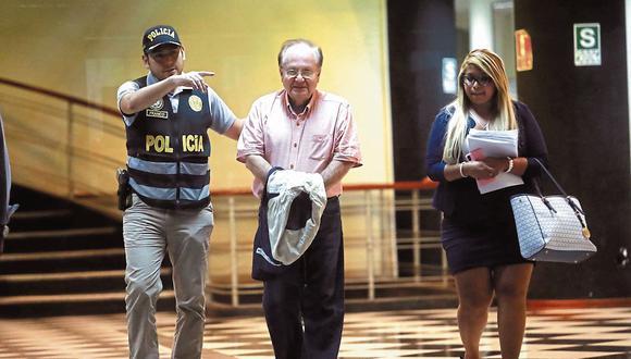 Luis Nava fue citado hoy por el Equipo Especial Lava Jato, pero diligencia se suspendió (FOTO: LINO CHIPANA/GEC)