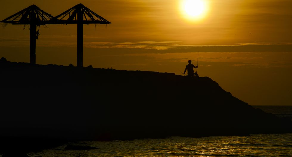 Imagen referencial de una de las islas de Indonesia. (Foto: CHAIDEER MAHYUDDIN / AFP)