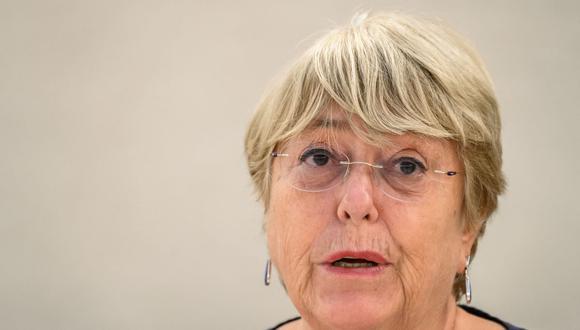 La Alta Comisionada de las Naciones Unidas para los Derechos Humanos, Michelle Bachelet, pronuncia un discurso en la apertura de una sesión del Consejo de Derechos Humanos de la ONU en Ginebra, el 13 de septiembre de 2021. (Fabrice COFFRINI / AFP).