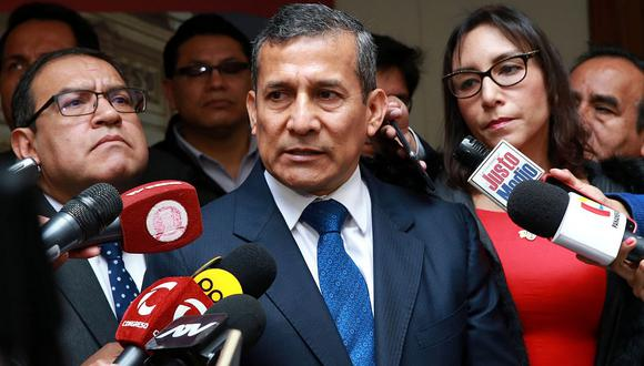 """""""Mi esposa jamás ha convocado a un ministro. Eso es parte de los chismes"""", señaló Ollanta Humala."""