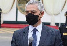 """Ministro Elice afirma que le """"tiene sin cuidado"""" eventual moción de censura en su contra"""
