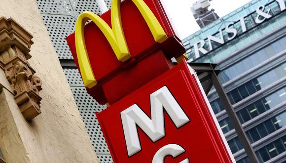 Imagen referencial de un letrero de un restaurante de Mc Donald's. (GREG WOOD / AFP).