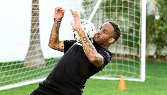 Jefferson Farfán, 36 años, decidió regresar a jugar a Sudamérica. Espera concretar la oferta de algún club antes de la fecha doble de las Eliminatorias. (Foto: Instagram Jefferson Farfán)
