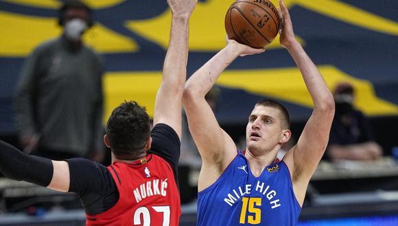 Nikola Jokic rozó el triple-doble con 38 puntos, 11 rebotes y 9 asistencias en el triunfo de Denver Nuggets