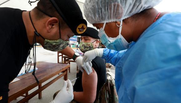Coronavirus en Perú: personal de las FF.AA se capacita en técnicas de vacunación (Foto: Mindef)