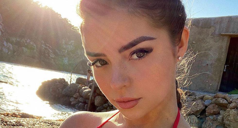 Foto 1 de 4. Demi Rose revoluciona las redes sociales con un bikini inspirado en Baywatch. (Instagram). Desliza hacia la izquierda para la siguiente foto.