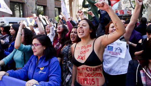 La ley del aborto llevaba dos años y medio de debate en el Parlamento. (Foto: AP)