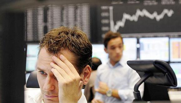 El índice DAX 30 sufrió una fuerte baja de 2.37% este jueves. (Foto: AFP)