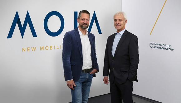 Startup de VW competiría contra Uber por viajes compartidos