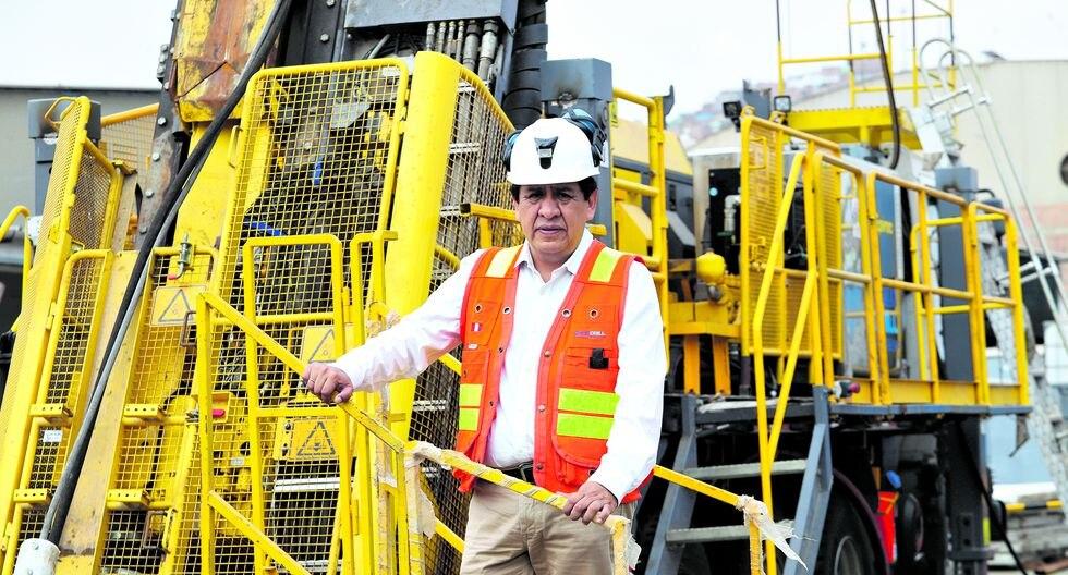 Herbert Vilcapoma López, gerente general y director de Rock Drill Contratistas Civiles y Mineros, fue reconocido en los premios Líderes Empresariales del Cambio (LEC).