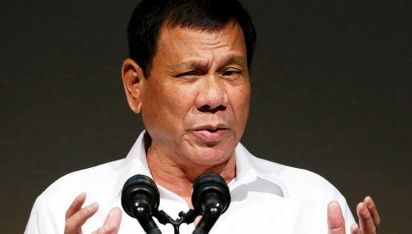 """Duterte: Estados Unidos trata a los filipinos """"como perros"""""""