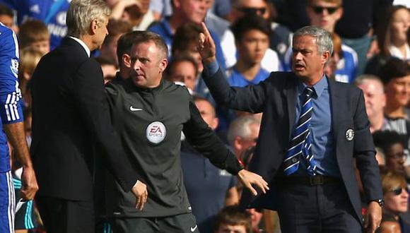 """Mourinho: """"Wenger fue a presionar al árbitro y no me gustó"""""""