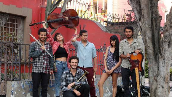La banda Nicotina es Primavera, conformada por músicos peruanos y argentinos, tendrá dos presentaciones: esta noche en el Icpna de Miraflores y el jueves en el Centro Cultural de España (Foto: Alessandro Currarino)