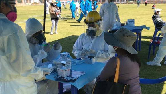 Moquegua: Brigada de 30 profesionales de EsSalud llegó a Moquegua para luchar contra el COVID-19. También se dispuso el envío de 6 mil pruebas rápidas e igual número de kits de tratamiento médico. (Foto: EsSalud)