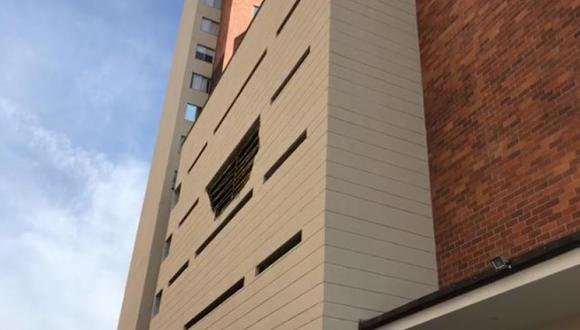 El hecho se presentó en el cuarto piso del edificio Oasis de Colores. Foto: Captura video cortesía