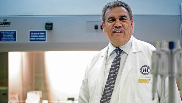 Eduardo Gotuzzo es médico cirujano por la Universidad Peruana Cayetano Heredia. Es magíster en medicina por la misma universidad y  doctor honoris causa por la Universidad Nacional San Luis Gonzaga de Ica.