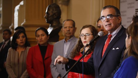 Pedro Olaechea indicó que la renuncia de Mercedes Araoz a la vicepresidencia evidencia la crisis. (Foto: Congreso)