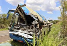 Tragedia en Brasil: al menos 40 muertos tras violento choque entre un autobús y un camión