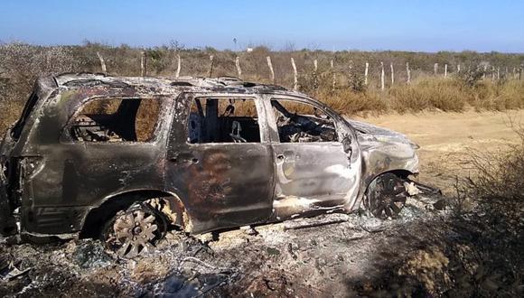 Vista de un vehículo con cuerpos calcinados hallado por la Fiscalía General de Justicia de Tamaulipas, en el municipio de Camargo (México). (Foto: EFE/STR).