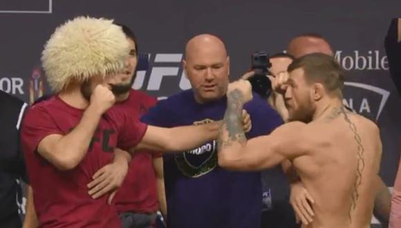 McGregor vs. Khabib: patada, empujones y el tenso momento durante el último pesaje previo a UFC 229. (Foto: Captura de video)