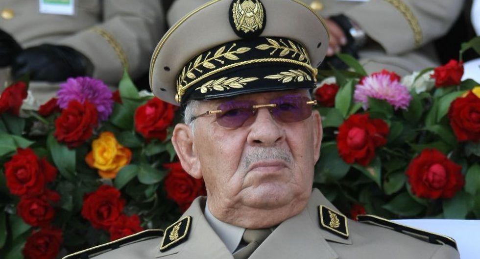 Argelia: Jefe del Ejército pide inhabilitar al presidente Abdelaziz Bouteflika. (AP)