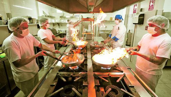 El sector de restaurantes y afines cuenta con más de 194 mil empresas a nivel nacional, siendo Lima la región que alberga el 37% de estas, según el Ministerio de Producción. (Foto: Ángela Ponce)