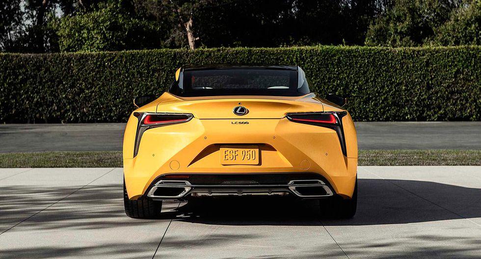 Además de su carrocería en color Flare Yellow, el Lexus LC 500 cuenta con elementos en fibra de carbono y detalles estéticos específicos. (Fotos: Lexus).
