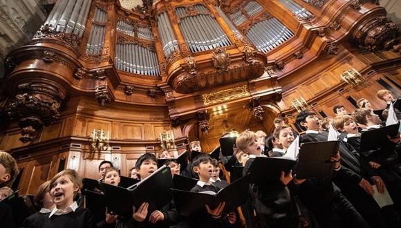 Una niña de 9 años demandó a un coro de Berlín que por siglos ha estado integrado únicamente por niños, argumentando que sus intentos por ingresar en él fueron rechazados únicamente por su género. (Foto: AP)