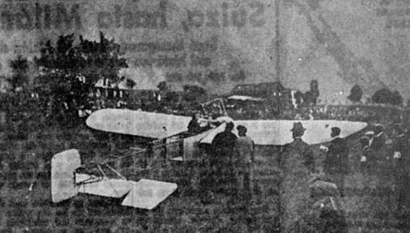 Jorge Chávez Dartnell a bordo de su avión Bleriot XI antes de partir de Suiza rumbo a Domodossola, en Italia, su destino final. (Foto: GEC Archivo Histórico)