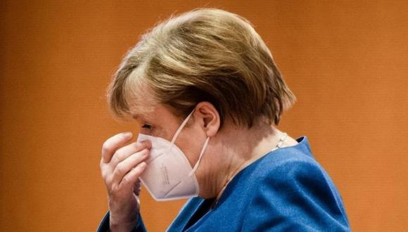 La canciller Angela Merkel ha sido el objeto de las críticas por la campaña de vacunación en Alemania. (EPA).