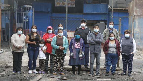 Dieciocho familias lo perdieron todo tras un incendio en la zona comercial de Cantagallo en el distrito del Rímac. Entre los damnificados hay varios niños y adultos mayores. (Foto: Mario Zapata/ GEC)