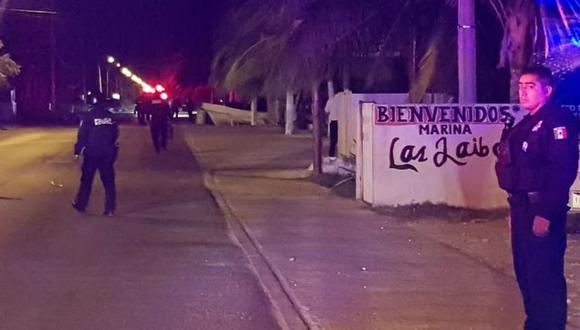 Al menos cinco muertos en Cancún por un enfrentamiento entre policías y hombres armados.