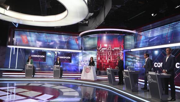 A tres semanas de las elecciones, los principales candidatos a la Presidencia protagonizaron un segundo debate. Rafael López Aliaga desistió de participar. (Foto: América Televisión)
