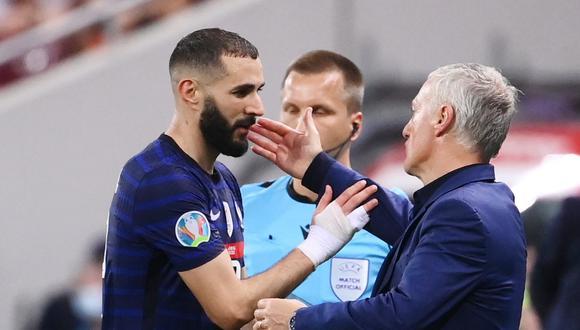 Didier Deschamps señalado por llevar a Karim Benzema a la Eurocopa. (Foto: Reuters)