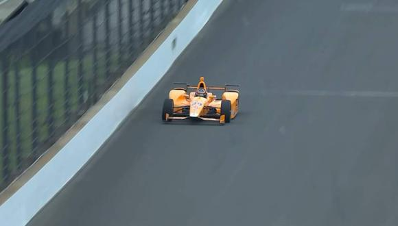 El asturiano confesó sentirse a gusto con el Dallara DW12 de número 29, del McLaren Honda Andretti Team. (Foto: Youtube)