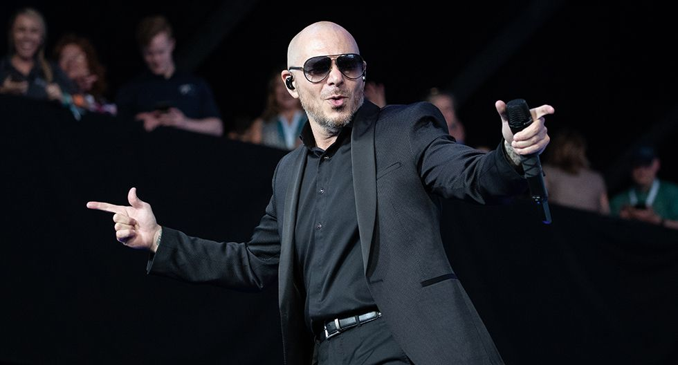 Pitbull compró con su primer pago como cantante un auto de segunda para su madre. (Foto: AFP)