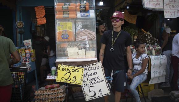 Sepa aquí a cuánto se cotiza el dólar en Venezuela este 17 de junio de 2021. (Foto: AP)