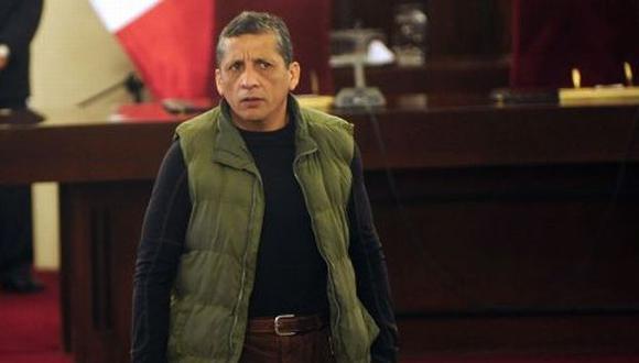 Virgilio Acuña anuncia ahora que reunirá firmas para presentar una iniciativa ciudadana que buscará la amnistía de Antauro Humala (Foto: Grupo El Comercio)