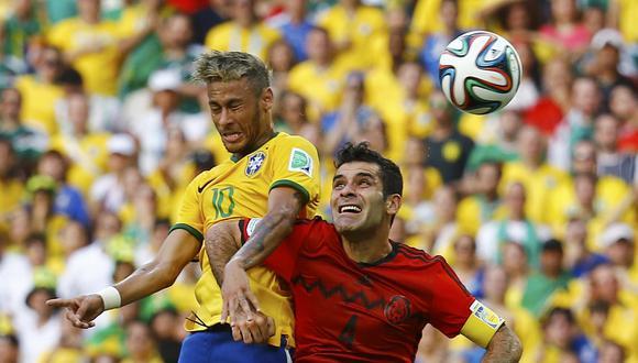 Los números que dejan ambas selecciones tanto defensiva como ofensivamente dan como favorito a los brasileños de cara al duelo. Sin embargo, los mexicanos pueden dar la sorpresa. (Foto: Reuters)