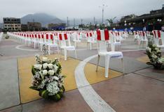 El emotivo homenaje a las 871 víctimas del coronavirus en Comas | FOTOS