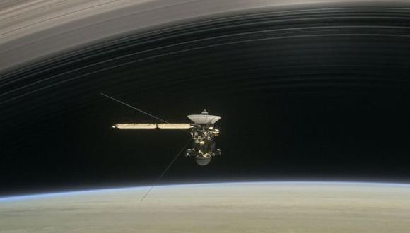 La sonda se destruirá en la atmósfera de Saturno para evitar una colisión futura con las lunas del planeta: Titán y Encélado. (AFP)
