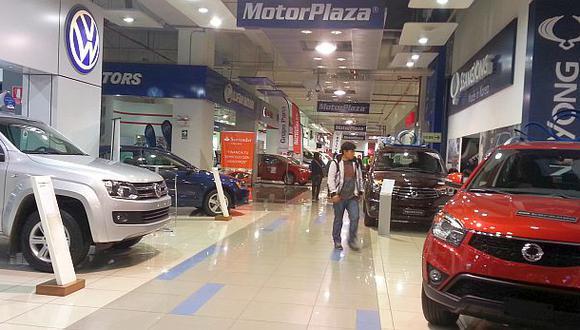 Ventas de autos nuevos se recuperará recién el 2015