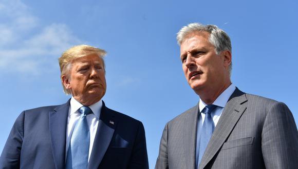 Robert O'Brien y Donald Trump. Foto: AFP