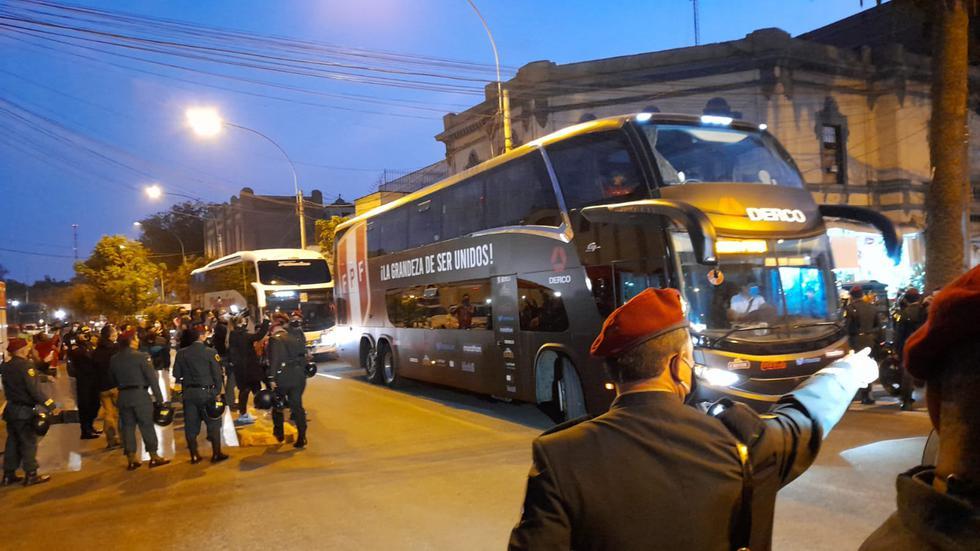 Así fue la llegada de la selección peruana al Estadio Nacional para el Perú vs Uruguay. [FOTO: Christian Cruz]