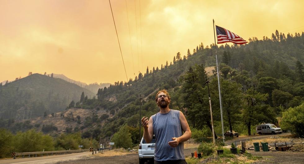 Fires in the western U.S. and Canada consume firefighter resources